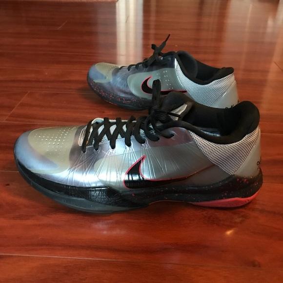 b1497cf1423a Nike Zoom Kobe V Grey wolf size 10.5